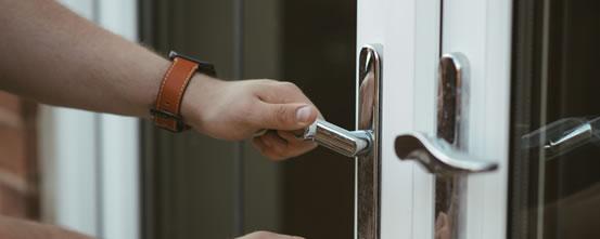 Bromley Locksmiths BR1 - ☎ 020 3514 8220 - Secure Locksmiths